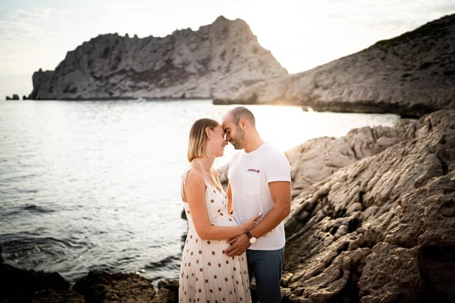photographe grossesse aux goudes à Marseille